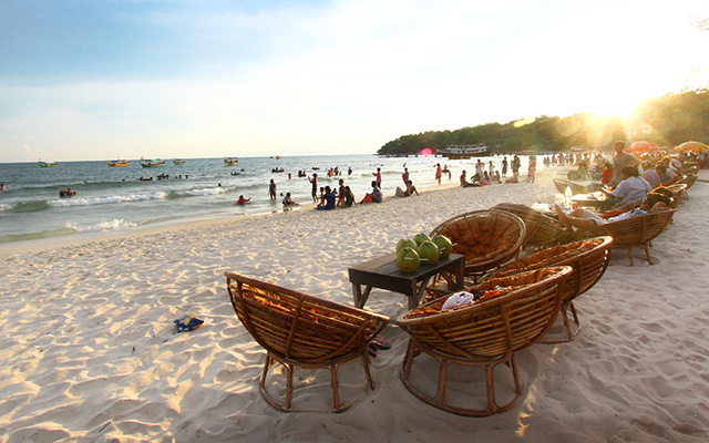 Sihanoulk Ville Beach Break