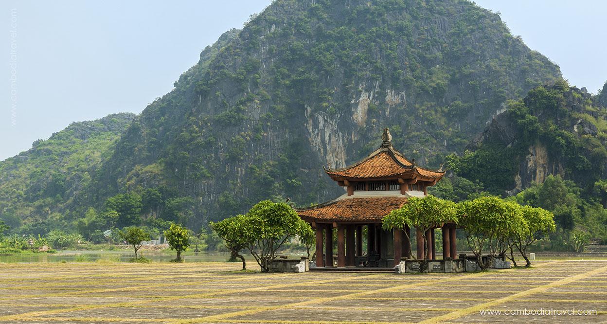 Vietnam-NinhBinh-2