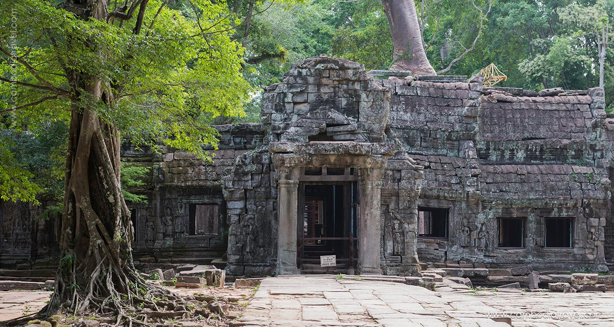Cambodia-Battambang-The-ancient-temple-complex-Sambor-Prei-Kuk-1