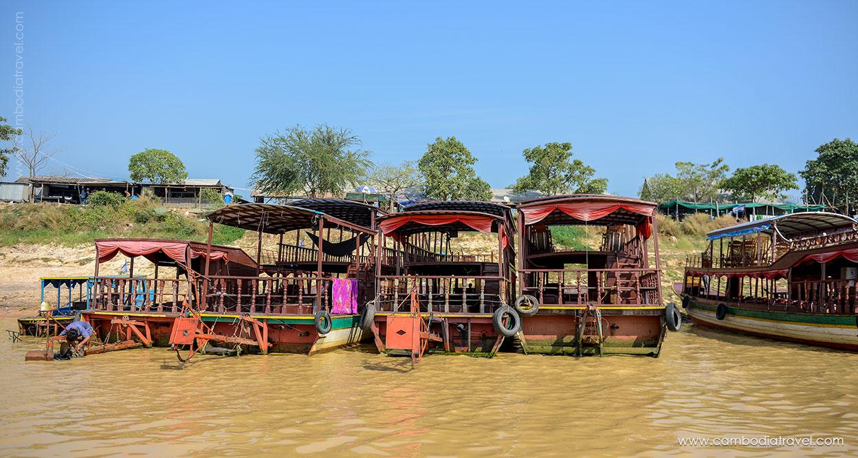 Cambodia-Siem-Reap-Tonle-Sap-Lake-3