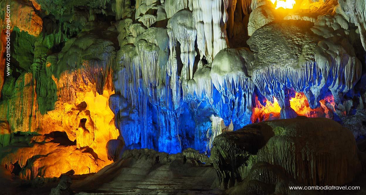 Combodia-Travel-Amaze-cave-halong-1