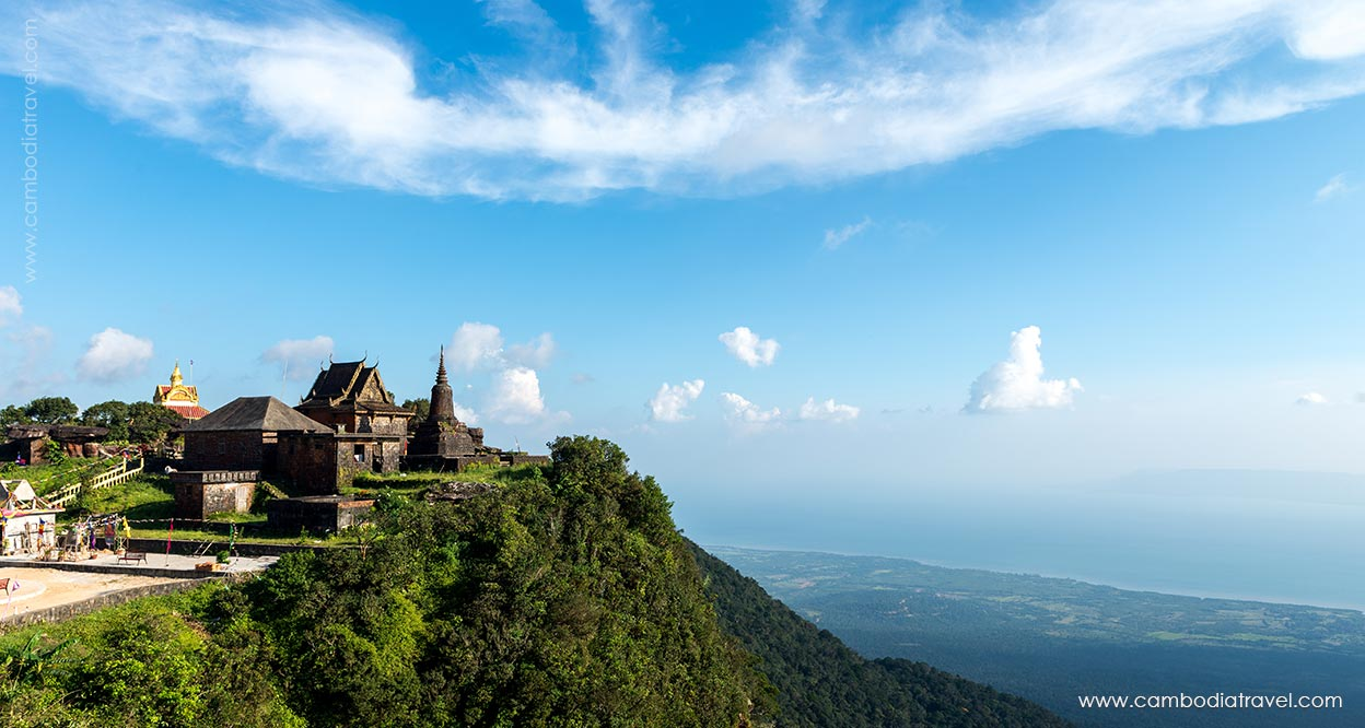 visit to Bokor Mountain helps tourists know more about the remnants of Cambodia's glory days