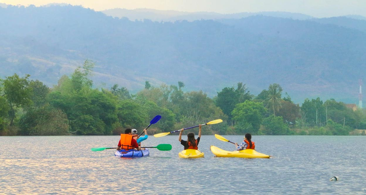 Kampot is considered as the capital of riverside relaxation in Cambodia