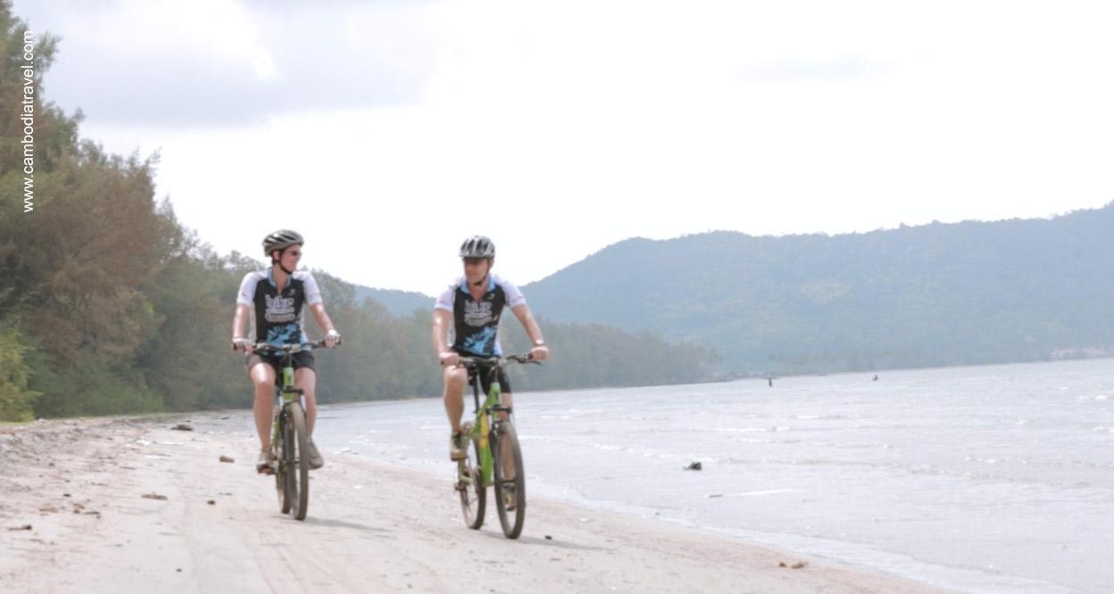 Biking-Vietnam-Cambodia-4