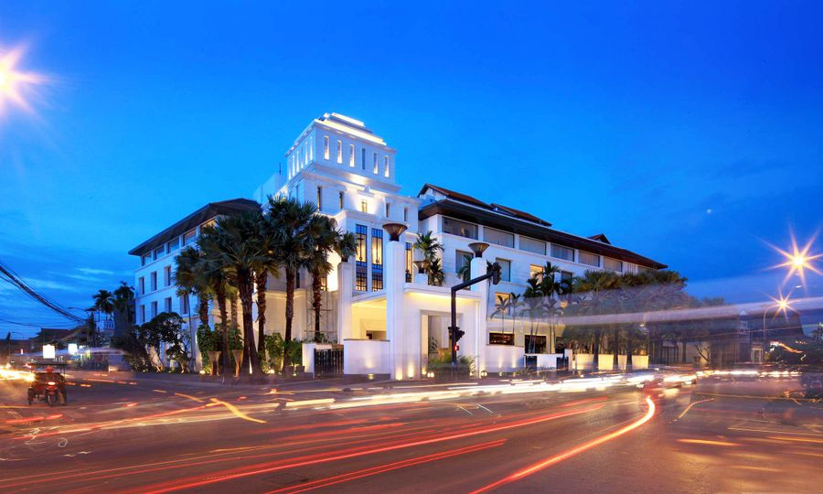 Park Hyatt Siem Reap possesses prominent location, within walking distance to Siem Reap's shopping & nightlife areas.
