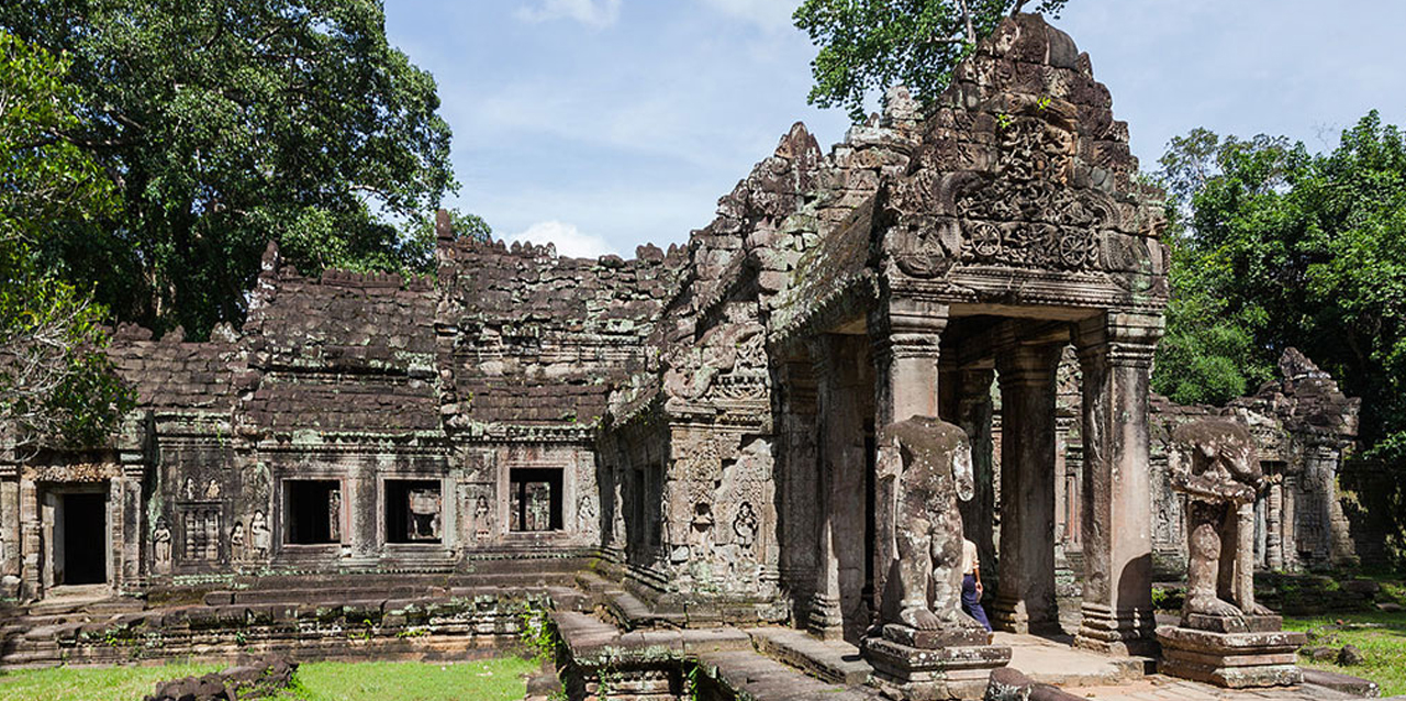 There were nearly 100,000 people were dedicated to serve Preah Khan Temple.