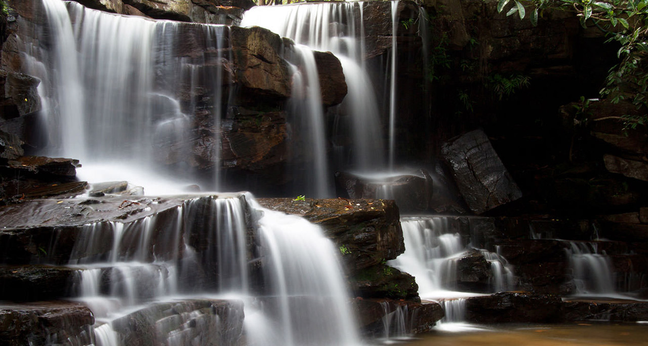 Kbal Chhay waterfall is located in Khan Prey Nup, about 16 kilometers north of the downtown Sihanoukville
